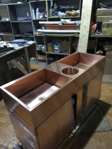 Поечная ванна двойная с отверстием для отходов